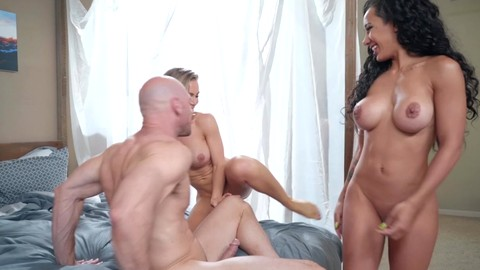 Amia Miley Nicole Aniston Johnny Sins