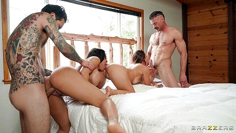 Luna Star Charles Dera Abigail Mac Small Hands